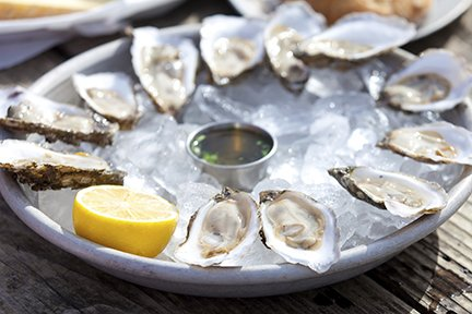 Oysters with Lemon Slice