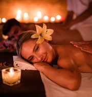 Couples massage at VillaSpa