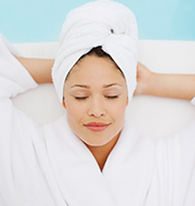 Relaxation massage and scalp treatment