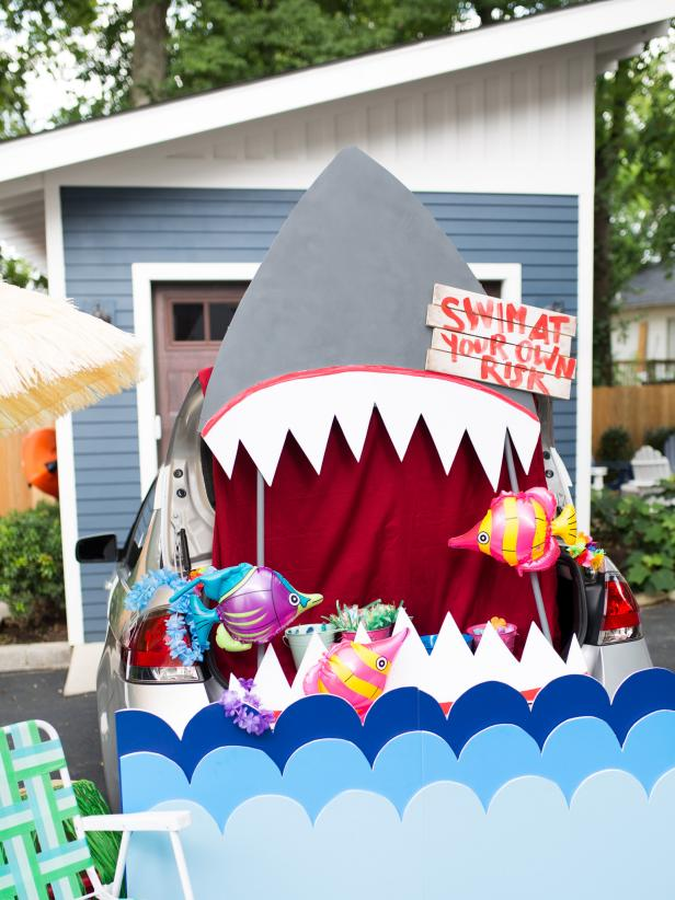 HGTV's DIY Shark Trunk for Car
